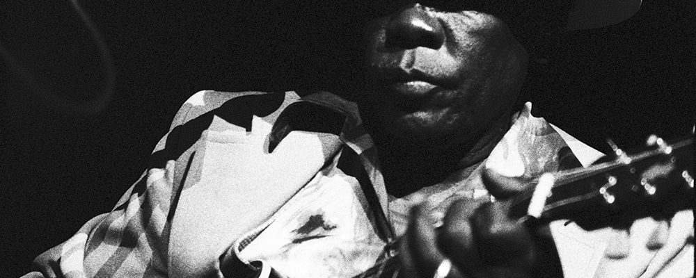 John Lee Hooker – Massey Hall – 20/8/78 (c) Jean-Luc Ourlin